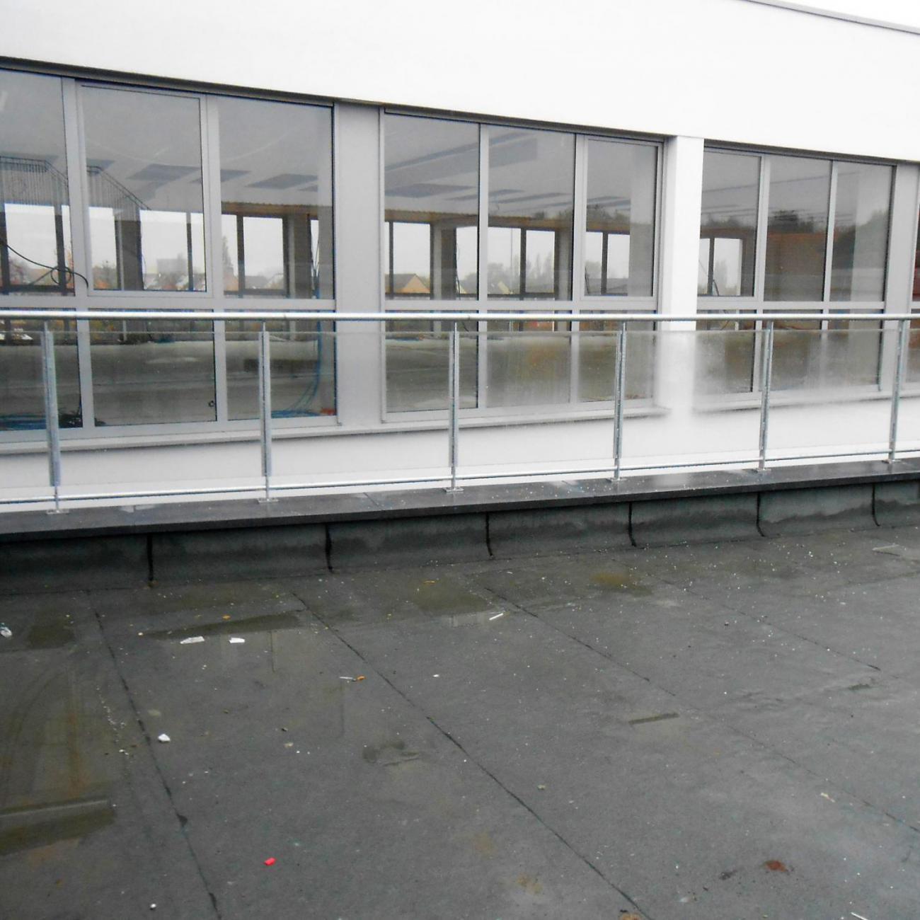 glazen buitenbalustrade