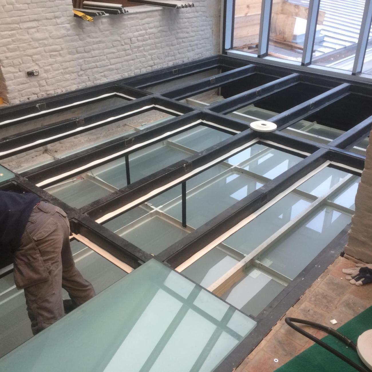 montage glazen vloer