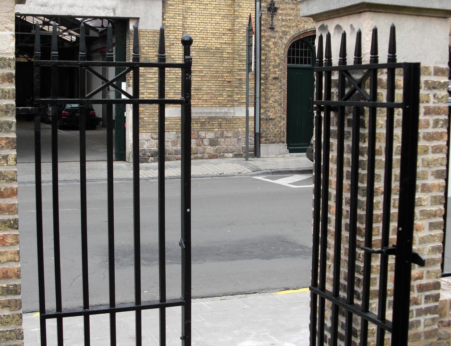 Stalen poortje